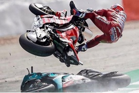 Fabio QUARTARARO不幸地累炒杜域斯柯素~(2019 MotoGP英國銀石站)