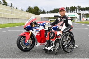 青木拓磨 x HONDA RC213V-S「Takuma Ride Again拓磨再騎」